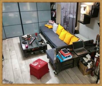 Salon entièrement meublé avec palettes 2