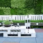 Set de table et des fauteuils de palettes pour le jardin