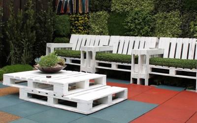 Set de table de palettes et des fauteuils pour le jardin 2