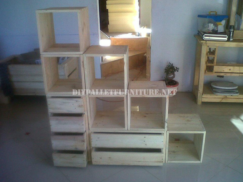 tag re modulaire fait avec palettes 4meuble en palette meuble en palette. Black Bedroom Furniture Sets. Home Design Ideas