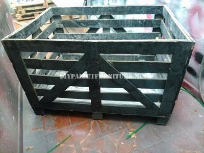 Canapé construit avec une boîte de bois recyclé 2
