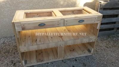chiffonier de palettes pour la cuisinemeuble en palette meuble en palette. Black Bedroom Furniture Sets. Home Design Ideas
