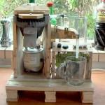 Une machine à café intégrée avec palettes!