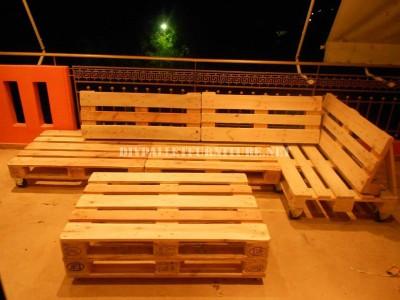 Canapé de terrasse faite avec palettes 3