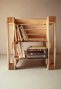 Design intéressant 2 en 1 d'une chaise et bibliothèque avec des palettes 2