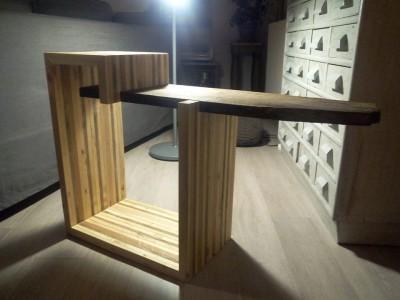 Table design pour la télé construite avec des planches de ...