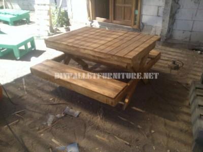 Table et bac à sable de palettes 3