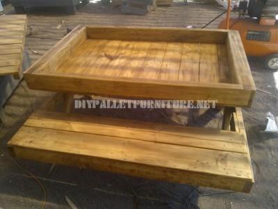 Table et bac à sable de palettes 4