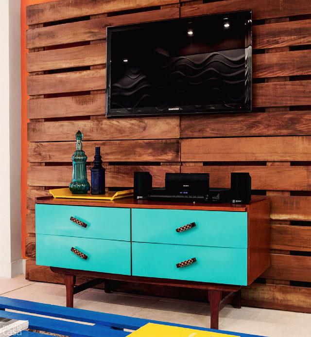Petit salon meubl avec palettesmeuble en palette meuble - Petit meuble en palette ...