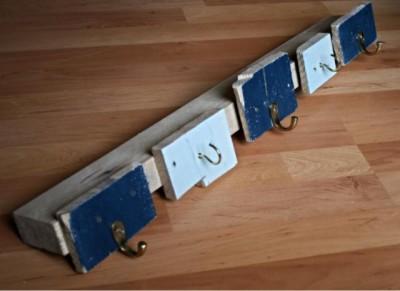 Simple portemanteau fait de planches de palettes 1