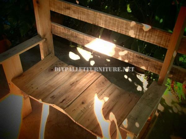 Belle banc construit avec palettes planches 5