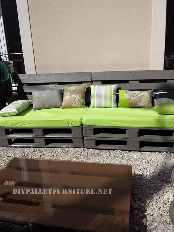 Canap et table pour la cour avec palettesmeuble en - Table pour canape ...