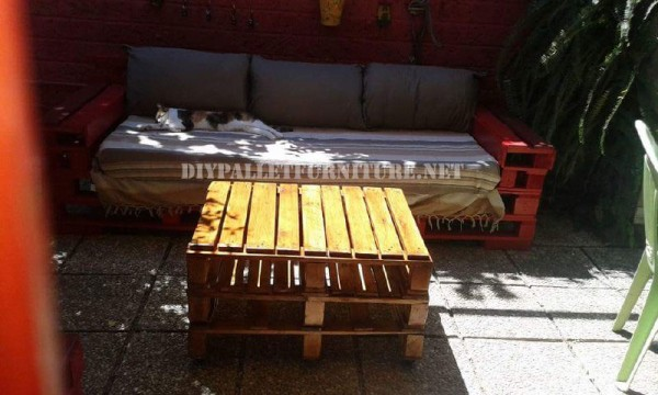 Canapés et fauteuils avec des palettes en plein air 3