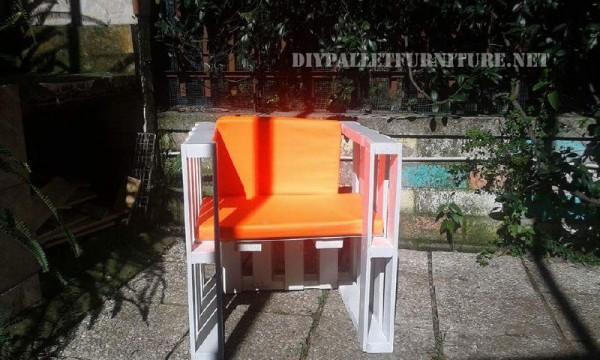 Canapés et fauteuils avec des palettes en plein air 4