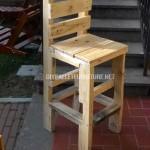 Chaise faite avec des palettes