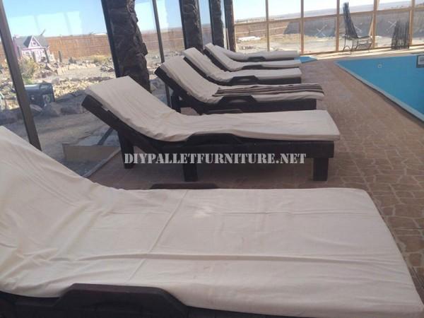 Des exemples de palettes longues pour une piscine 1