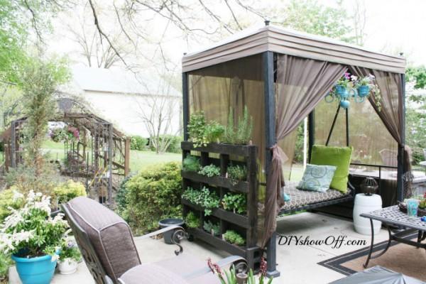 12 fantastiques jardins verticaux réalisés avec palettes