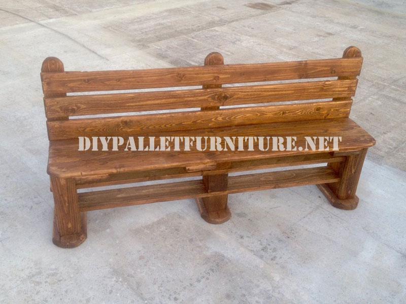 banc et table faite avec des palettes pour la cour 3meuble en palette meuble en palette. Black Bedroom Furniture Sets. Home Design Ideas