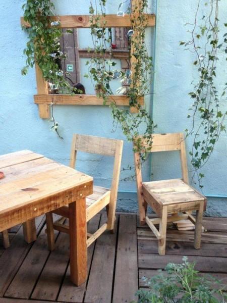 Bar à Casa Fusion, Mexique, entièrement meublée avec des palettes 2