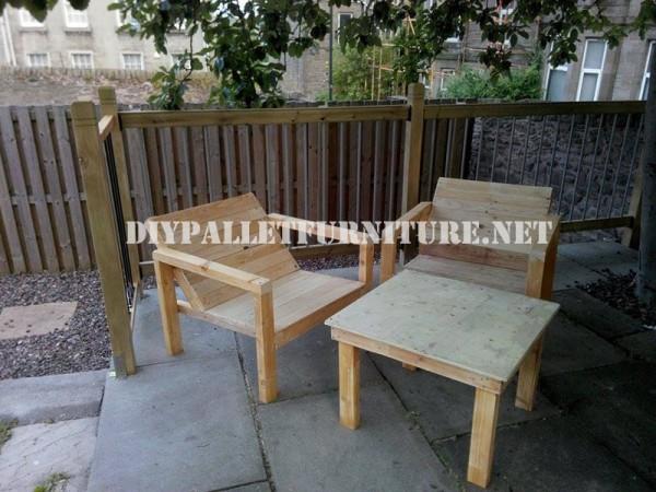 Chaises extérieures de palettes pour la terrasse 1