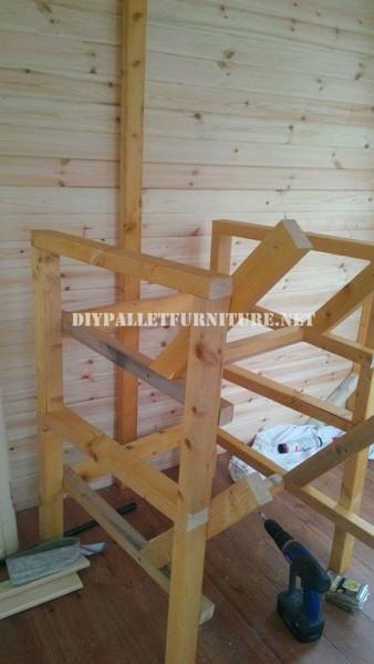 Chaises extérieures de palettes pour la terrasse 3