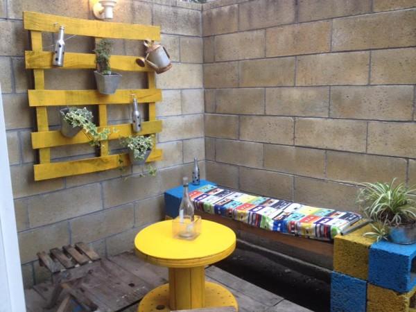 Comme il est facile de créer un jardin vertical avec des palettes! 3