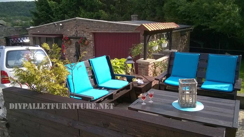 mobilier de jardin construite avec des palettes et une terrasse recycl 5meuble en palette. Black Bedroom Furniture Sets. Home Design Ideas