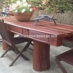 Rustique table de jardin