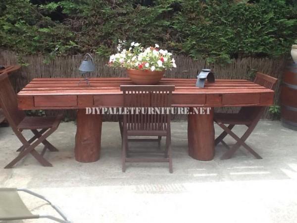Rustique table de jardin 2