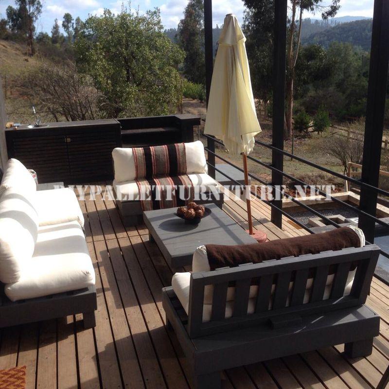 set de meubles avec des palettes pour la terrassemeuble en palette meuble en palette. Black Bedroom Furniture Sets. Home Design Ideas