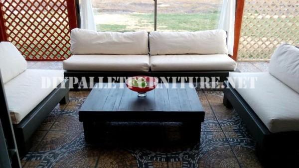 Set de meubles avec des palettes pour la terrasse 4