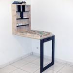 Table à langer faite de palettes