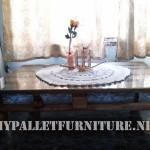 Table pour le salon avec une palette