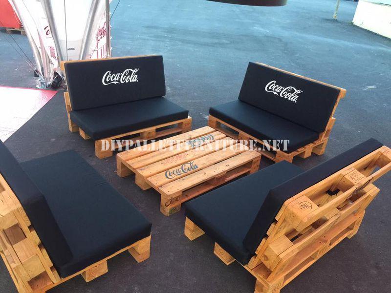 Bar Espace Conçu Avec Des Palettes Par Coca-Cola 3Meuble En