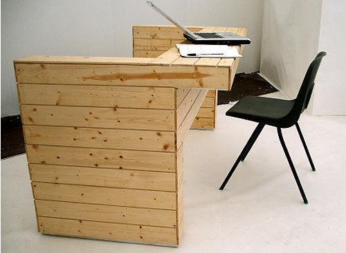 Canapé, lit et bureau, 3 pièces de mobilier à 1 3