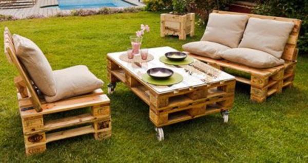 Jardin aménagé avec des palettesMeuble en Palette | Meuble en Palette