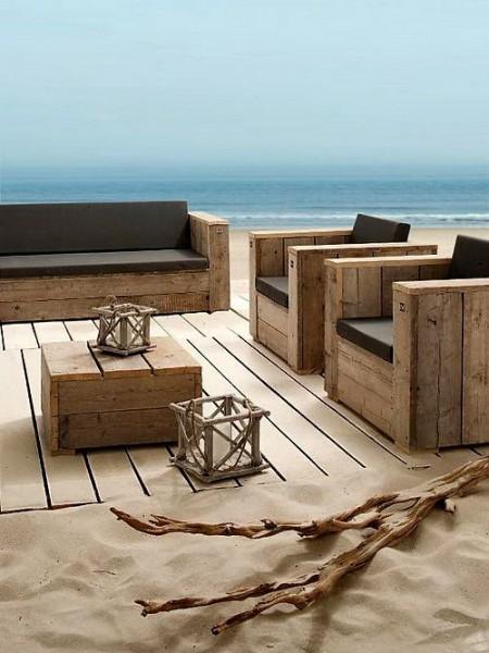 set de meubles avec des palettes pour la plagemeuble en. Black Bedroom Furniture Sets. Home Design Ideas