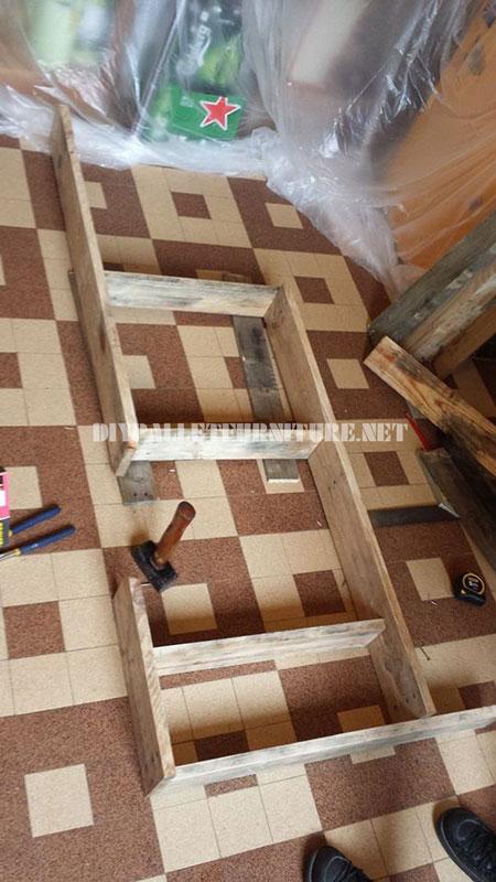 Tag re de cuisine avec des palettes 5meuble en palette for Etagere de cuisine en palette