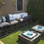 Canapé et double table de palette pour le jardin