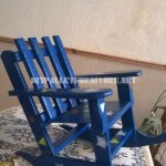 Chaise à bascule pour les enfants avec des palettes