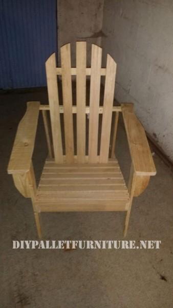 Chaise et table pour la terrasse d'Esprit Loft Recup 2