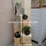 Jardinières avec des blocs de bois