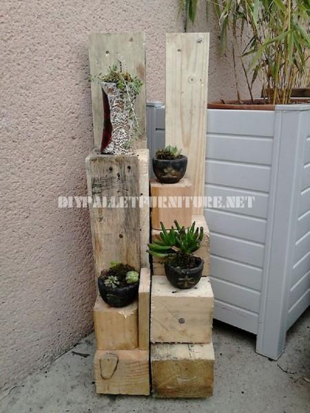 Jardinières avec des blocs de bois 1