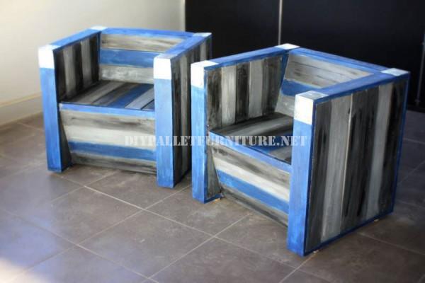 Butacas y barra de bar con palets reciclados 4