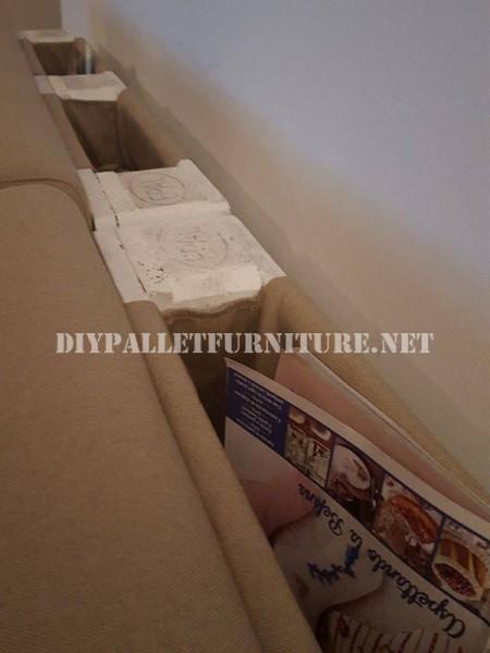 Canapé et magazine rack avec palettes 3