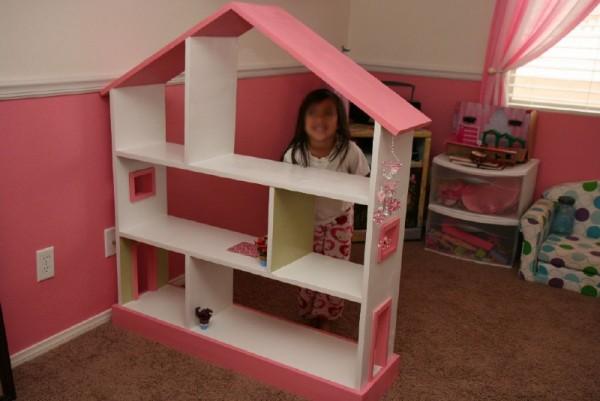 Dollhouse avec palettes planches 1