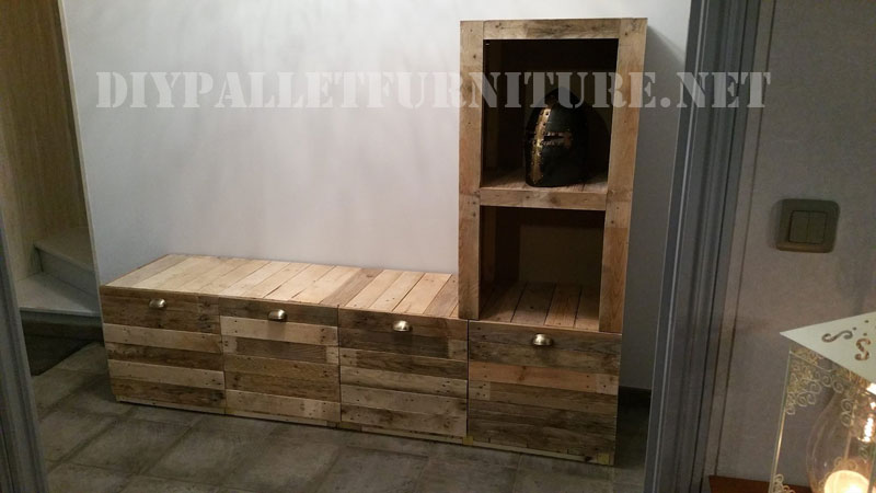 meubles pour le salon construite de planches de palettesmeuble en palette meuble en palette. Black Bedroom Furniture Sets. Home Design Ideas