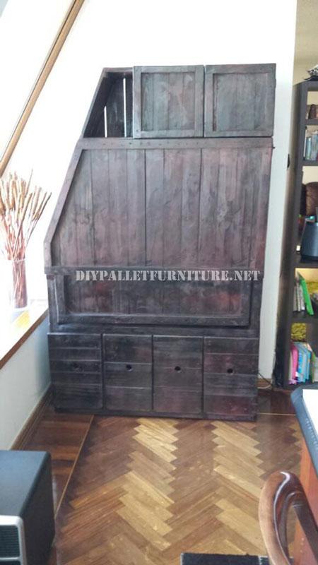 placard bureau en utilisant les palettes 2meuble en palette meuble en palette. Black Bedroom Furniture Sets. Home Design Ideas