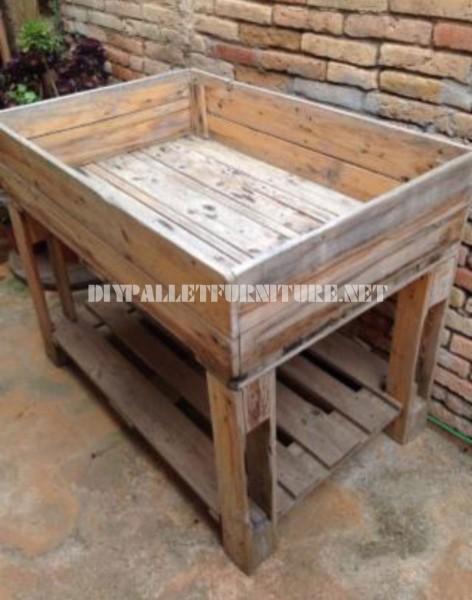 Table à cultiver avec palettes 1