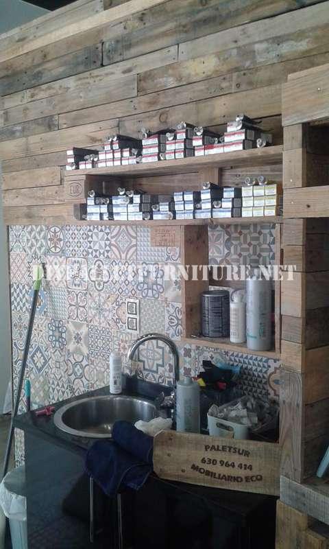 Coiffure décoré à l'aide de palettes planches 3